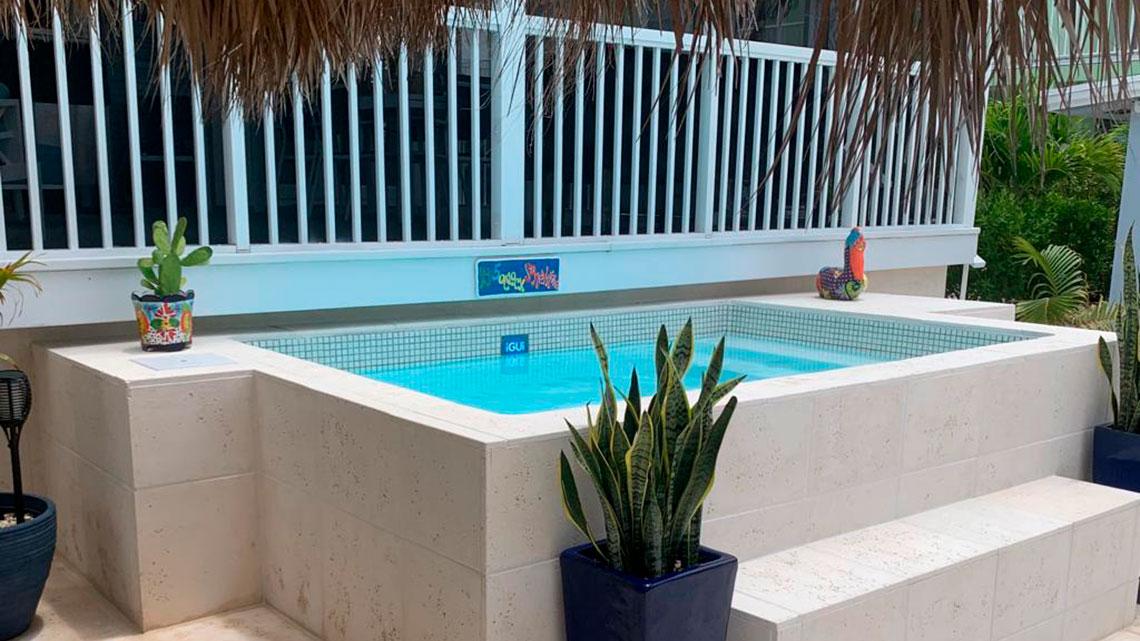 Pool Bora Bora