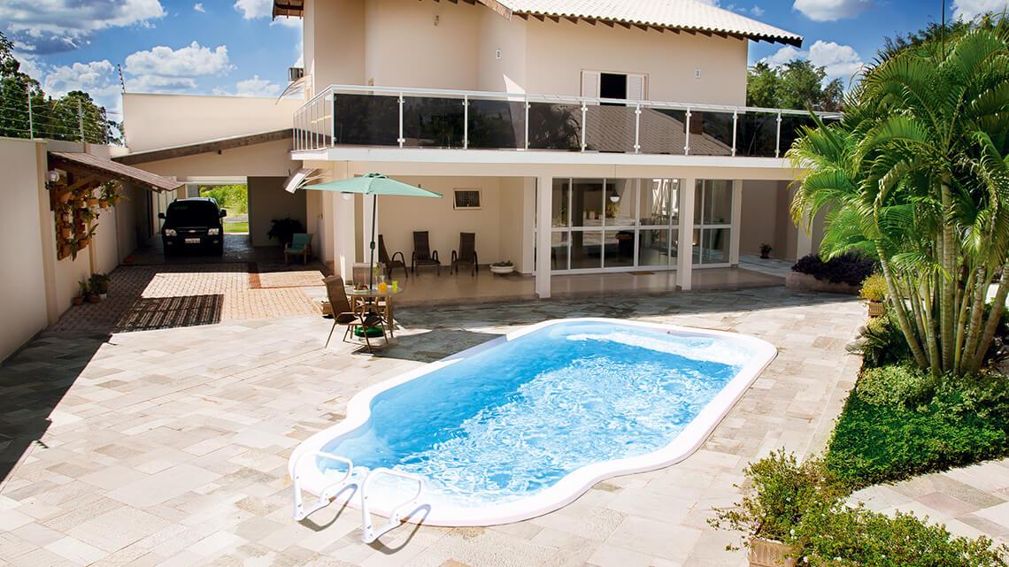 Pool Farol da Barra medium