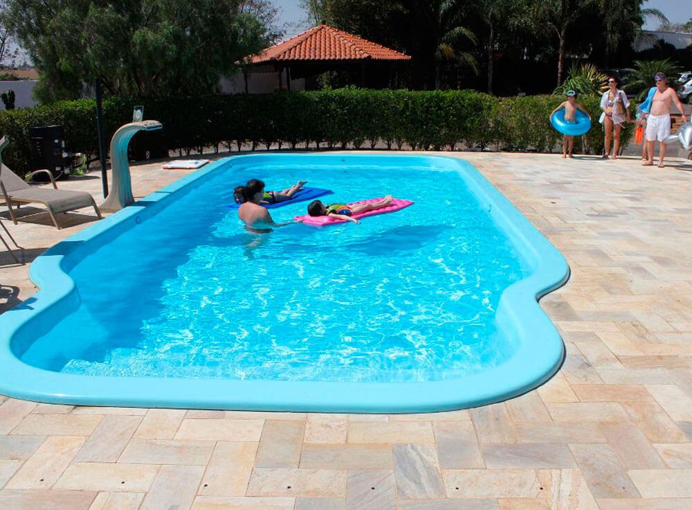 Thermas Kelvin trocador calor bomba aquecimento lazer familia piscina aquecida economia praia brava azul