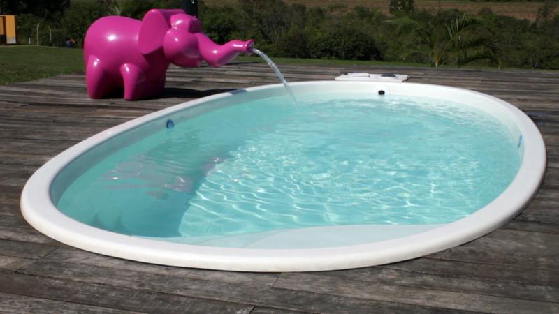 Cascata Penelope diversão lazer crianças penelope rosa belize branca