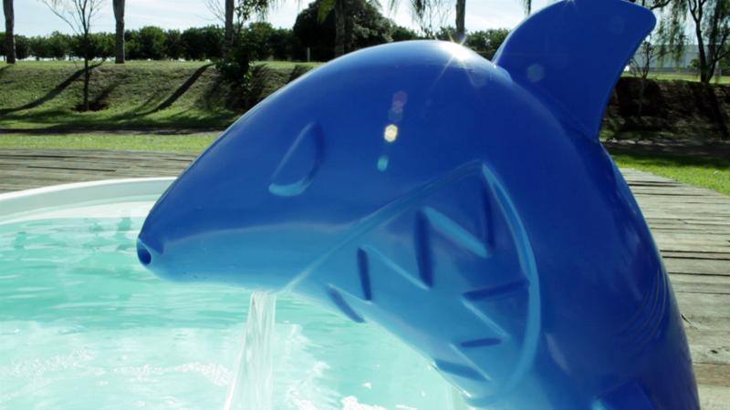 Cascata Rupert  diversão lazer crianças piscina elegancia azul closed fiji branca