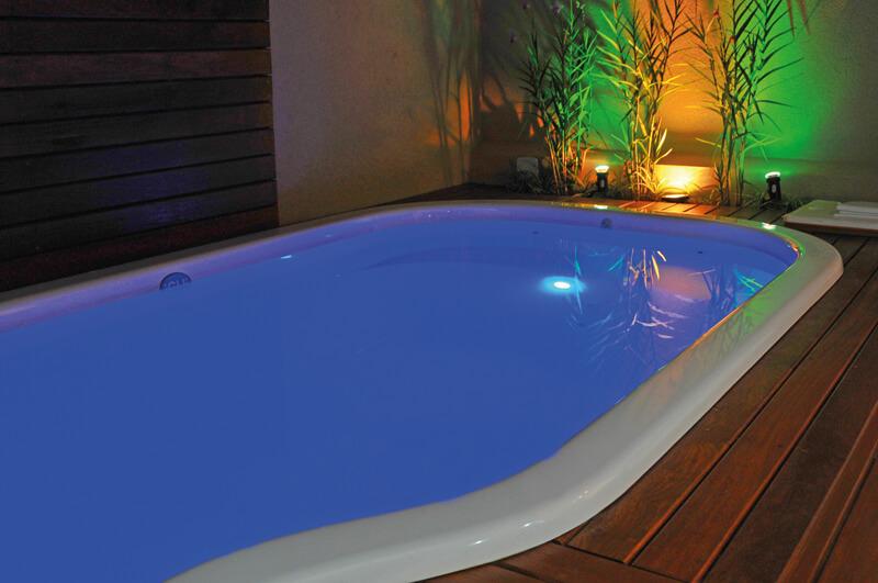 iguilux iluminación subacuática para piscinas con leds azul