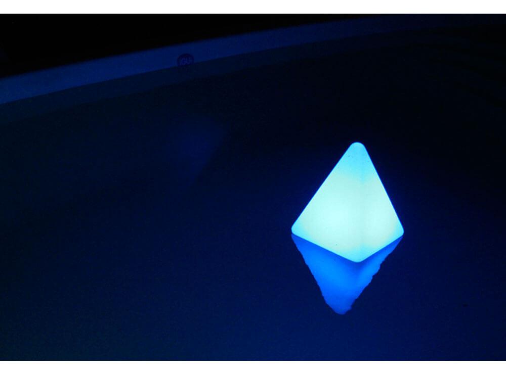 iGUiLux Abajur decoração iluminação piscinas jardins iluminação led subaquatica piramide