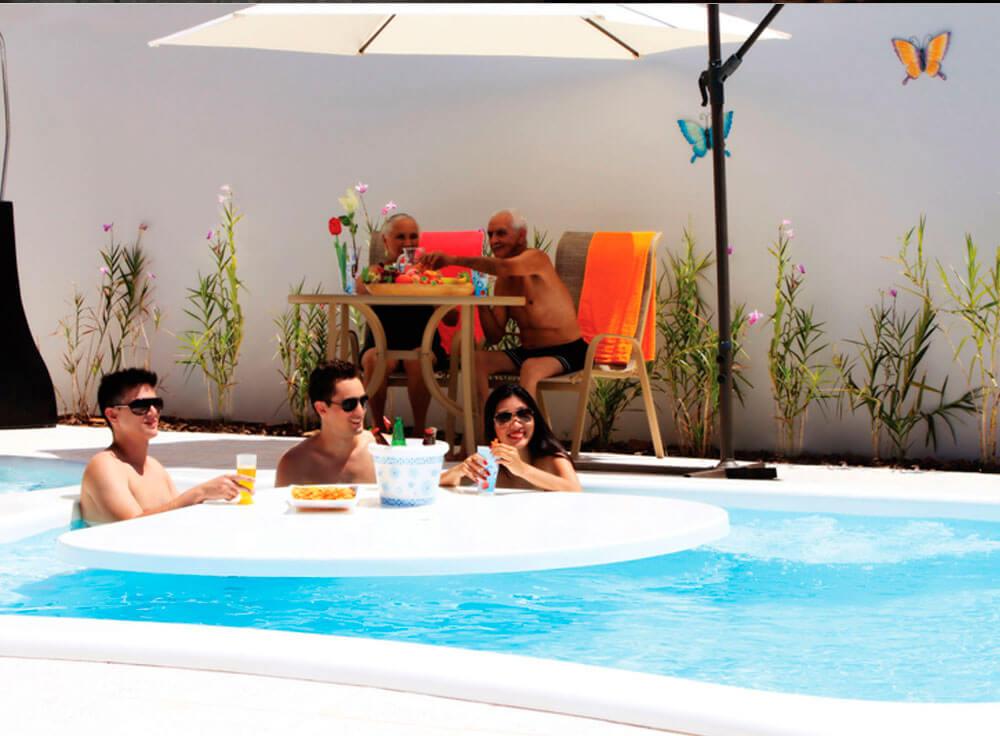 Conjunto Arena lazer jardim moveis piscina baia blanca branca ombrelone copa ducha kelvin