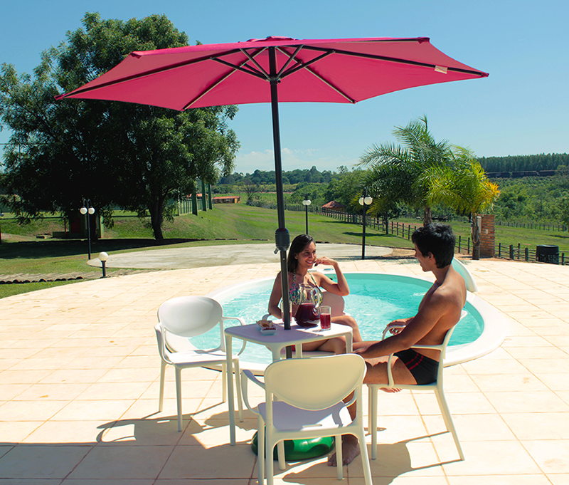 Conjunto Éden Design moderno conforto piscina lazer sol belize branca bege ombrelone sombreiro