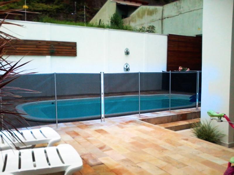 Cerco Max removivel segurança criança pets cercamento piscina farol da barra azul
